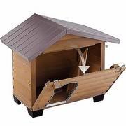 Casetas Canadá de madera de pino para perros con pies de plásticos